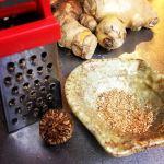 turmeric milk nutmeg
